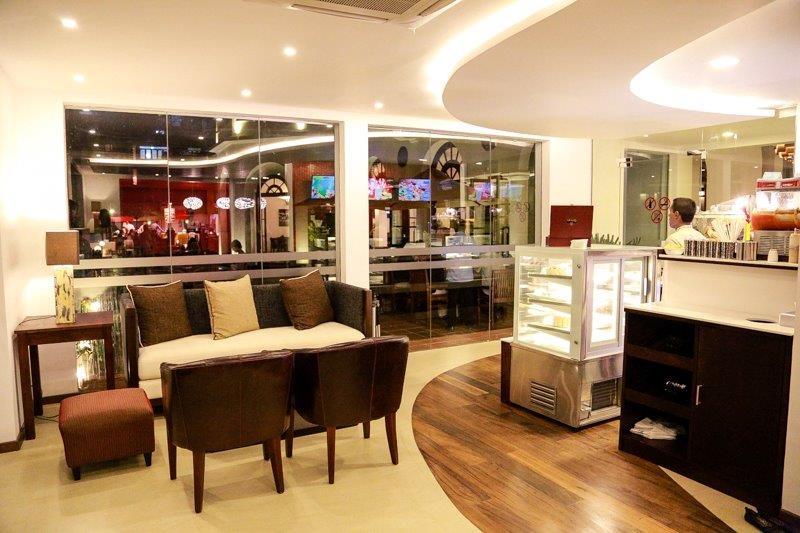 Coffee Lounge Colombo Swimming Club Sri Lanka